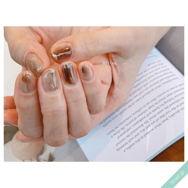 秋はじめはこれ!こっくりかわいい「栗色ネイル」デザイン8選